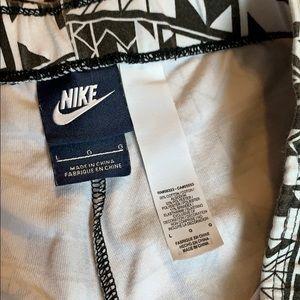 Nike Pants - 🎈2/$12 NIKE aztec print leggings